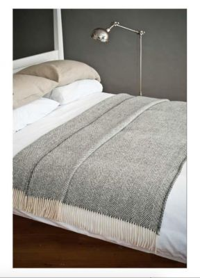 AVOCA Nest Wolldecke Heavy Donegal Throw groß, grau