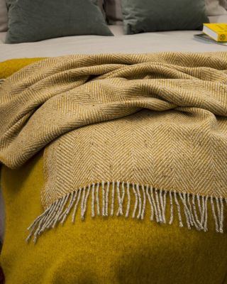 AVOCA Nest Heavy Herringbone Throw, Yellow, Gelb (Groß)