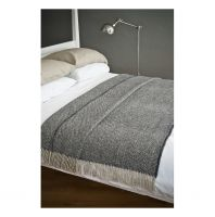 AVOCA Nest Wolldecke Heavy Donegal Throw groß, Navy-Oat
