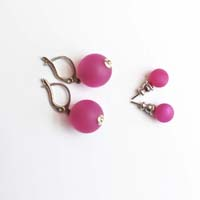Polarisperlen Stecker Ohrring Pink
